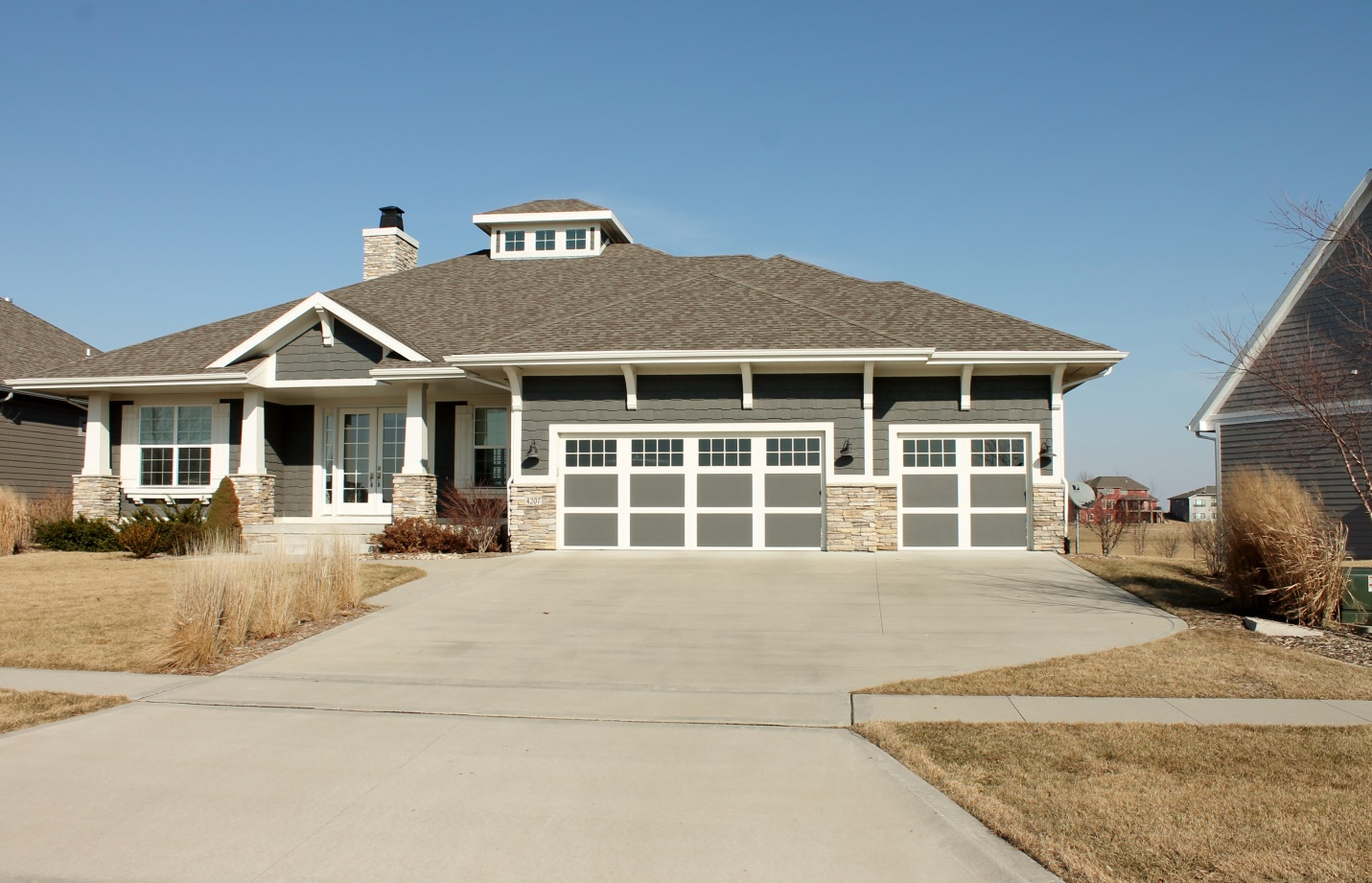 Securing Your Home Before Going On Vacation Overhead Door Company Of Western Kentucky
